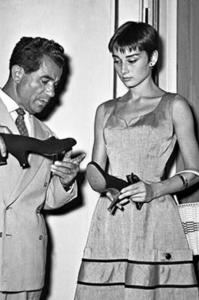 http://www.theguardian.com/fashion/2014/mar/26/rebirth-italian-fashion-1950s-versace-gucci