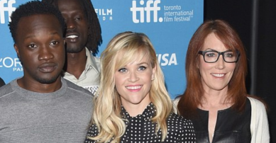 http://www.dailymail.co.uk/tvshowbiz/article-2748438/Reese-Witherspoon-hits-style-high-note-polka-dot-frock-The-Good-Lie-photocall-Toronto.html